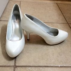 X.Appeal white high heels. Size 6. X.Appeal white high heels. Size 6; fits like a 6.5. Only worn once. X.Appeal Shoes Heels