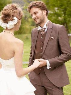 353ded5c91465 3382b325492bcdbed076cf20cae6467d--garden-dress-wedding-hair.jpg