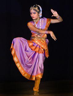 bharatanatyam dancer | indian classical dance