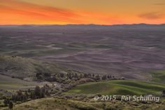 Predawn on the Palouse. © 2015 Pat Schilling