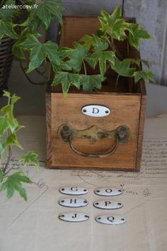 Mini plaque émaillée ancienne Brocante de charme atelier cosy.fr