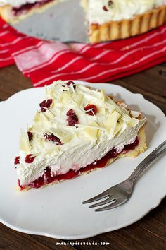 Lingontårta - tarta z borówką leśną Homemade Pastries, Cheesecake, Cookies, Baking, Recipes, Food, Crack Crackers, Cheese Pies, Biscuits