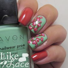 Twinsie Tuesday - Summer to Fall Transition Polish  http://www.nailslikelace.com/2014/09/twinsie-tuesday-summer-to-fall.html