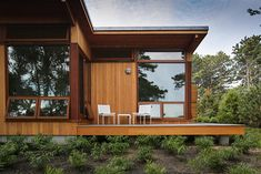 A Modern Cape Cod Retreat by Hammer Architects | Richard Schultz 1966 Collection | Knoll Inspiration
