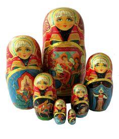 Crocs, Matryoshka Doll, Storytelling
