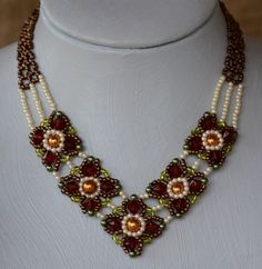 Granny Blocks Necklace Pattern at Sova-Enterprises.com Lots of free beading patterns and tutorials are available!