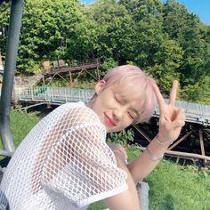 New Boyz, Bloom Baby, Cute Icons, Kpop Boy, Youngjae, Kpop Groups, Boyfriend Material, Bias Wrecker, Jaehyun