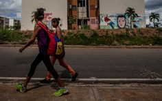 Dec 14, 2015 MIGUEL GUTIERREZ FOR THE NEW YORK TIMES Murals of former President Hugo Chávez of Venezuela blanket Barinas, his home state, which voted with the opposition last week.