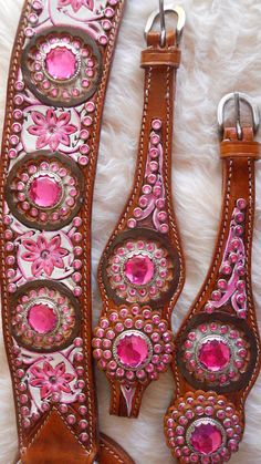 Omg where can we buy these I so want this for Christmas I dont care if Nobles and Murphy are boys or not!! Painted Tack - In the Pink