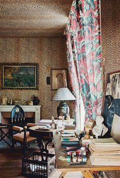 {décor inspiration | print & pattern : a touch of leopard print} by {this is glamorous}, via Flickr ah- hahahahahahaha, it's heavenly