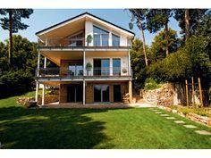 Haacke-Natur - Einfamilienhaus mit #Einliegerwohnung (ELW) / #Zweifamilienhaus von Haacke Haus GmbH + Co. KG | HausXXL #Mehrgenerationenhaus #modern #Satteldach