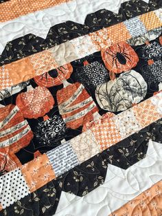 Carried Away Quilting: Sweetly Scalloped takes on a fall flair; Autumn Quilts; Seasonal Quilts; Fall Quilts
