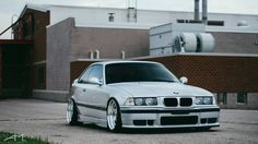 Silver BMW e36 coupe on Carline CM6 wheels