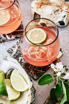 Alcoholic Drinks Rum, Cocktail Drinks, Healthy Protein, Healthy Foods To Eat, Fat Burning Diet Plan, Natural Yogurt, Gin And Tonic, Food Inspiration, Food And Drink