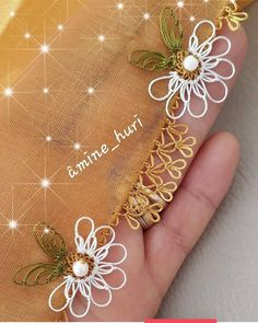 İşçilik; @amine_huri 👈  Youtube kanalım; igneoyasi modelleri  Diğer sayfamiz; @ignemin.oyalari12  Daha fazlası için 👇👇👇… Crochet Mittens, Mittens Pattern, Fingerless Mittens, Free Crochet, Crochet Hats, Baby Afghan Patterns, Lion Brand Yarn, Tunisian Crochet, Dresses Kids Girl