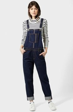 0de75ae04296 7 Casual Cool Looks With Dark Denim Overalls