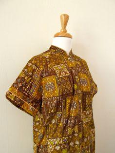 Vintage 1950s Safari Jungle Day Dress by missmittensvintage, $15.00 Day Dresses, Safari, 1950s, Kimono Top, High Neck Dress, Yellow, Vintage, Tops, Women