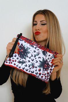 Red rose clutch bag
