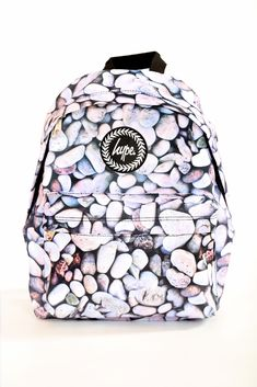 Details: Polyester Our popular unisex pebbles backpack has now been restocked for a limited time only. This practical, multi-purpose backpack. Cute Backpacks, College Backpacks, Mochila Jansport, Hype Bags, Grey Bags, Popular Handbags, Womens Purses, School Bags, Purse Wallet