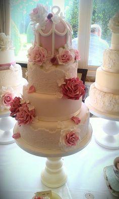 Wedding Cakes x Birdcages www.wisteria-avenue.co.uk