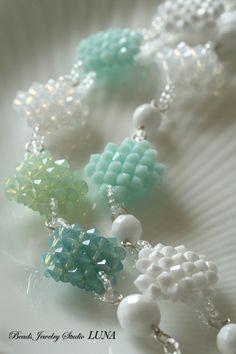http://beads-studio-luna.com/