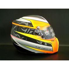 Racing Helmets, Motorcycle Helmets, Helmet Paint, Custom Helmets, Hard Hats, Cool Tanks, Helmet Design, Paint Designs, Drag Racing