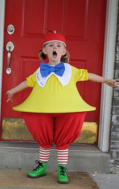 Bahahaha... I dare somebody! Hoola hoop and stretchy fabric. :) What a great idea for Halloween costumes!!!!