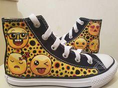 Emoji Custom Converse  by Liana Muñoz