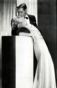 Clark Gable & Carole Lombard- this is such a sensual pose! They were truly in love:')