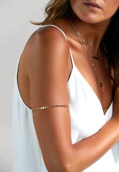 Brassard or bande de bras bijou en 14 carats or par BlushesAndGold