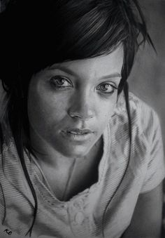 dessins-hyperrealistes-Kelvin-Okafor-crayon-1