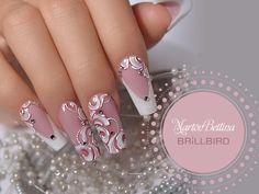 30 Fairy-Like Wedding Nails For Your Big Day - Nail art Hot Nails, Pink Nails, Glitter Nails, Hair And Nails, Simple Wedding Nails, Wedding Nails Design, Fancy Nails, Pretty Nails, Bride Nails