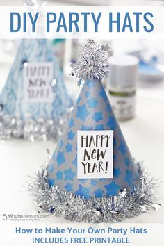 How to make party hats and photo booth props. New Year's Crafts, Crafts For Kids, Adult Crafts, Kids Diy, Easy Crafts, Diy New Years Party, New Year Diy, New Year's Eve Hats, Make Your Own Hat