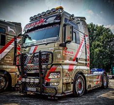 Ashok Leyland, Customised Trucks, Peterbilt, Big Trucks, Fiat, Volvo, Europe, Photo And Video, Camper