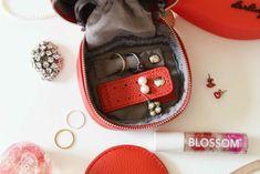BIRTHDAY BAR - アクセサリーケース スクエア | Anny アニー Birthday Bar, Coin Purse, Purses, Wallet, Handbags, Purse, Bags, Diy Wallet, Coin Purses