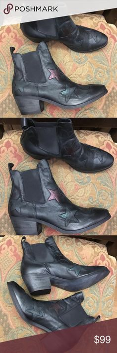 """New Souliers ankle booties size 41 """" Star """" Absolutely fabulous shoes new size 41 souliers Shoes"""