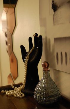 Jewelry stand / bedroom