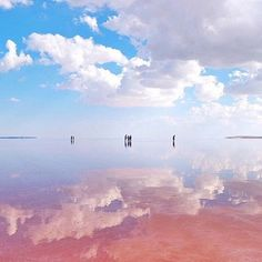 Spotted by Nathalie Geffroy - Lake Tuz is the second ✌️ largest lake in Turk. Bolivia, Beautiful Landscapes, Beautiful Images, Landscape Photos, Landscape Photography, Heaven On Earth, Stunning View, Great View, Wonders Of The World