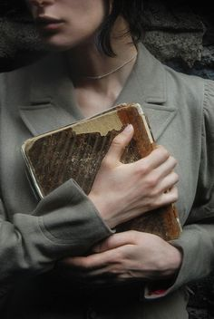 ...Should find a place to hide my old diary.. so nobody will find it...