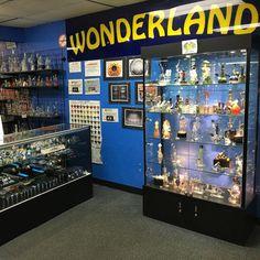 420 sales are going on for the rest of the month! 20-50% off everything in store.  #headyart #glass #glassart #americanmade #boro #cali #wonderland  #miami #oregon  #soflo #glassfam #glassofig #handmade #glassaddicts #royalpalm #wfayo #fl  #style #art #westpalm #loveglass #420sale by wonderland561