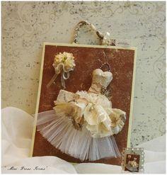 Από Σεμινάρια με θέμα:  Συλλεκτικά Mini Dress Forms!