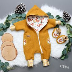 Walkoverall nähen - Tipps Handgemachtes Baby, Baby Kids, Twin Outfits, Kids Outfits, Sewing For Kids, Baby Sewing, Diy Furniture Redo, Diy Clothes, Baby Dress