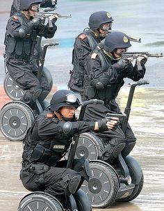 cops ride anything into battle - pigsarefunny.com