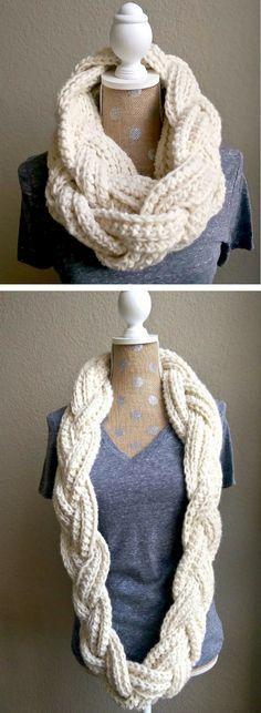 915a15c6199 Crochet Infinity Scarf Free Pattern Video Tutorial Easy