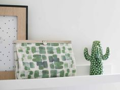 Made by Petrol and Mint: FREE PATTERN sewing clutch joy K-bas