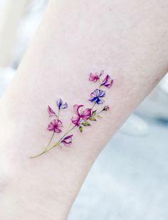 Vine Tattoos, Flower Wrist Tattoos, Dainty Tattoos, Elegant Tattoos, Small Flower Tattoos, Sweet Tattoos, Little Tattoos, Flower Tattoo Designs, Pretty Tattoos