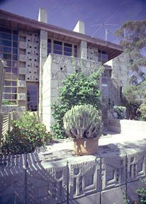 Restoration - Samuel Freeman House / 1962 Glencoe Way, Los Angeles, California / 1924 / Prairie / Frank Lloyd Wright