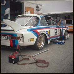Pit-time for Hans Stuck/ Sam Posey's BMW CSL