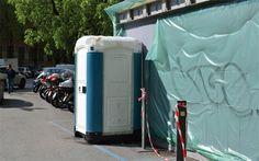 es toilettes publics, c'est jamais agréable, surtout dans les grandes villes ! C'est en partant de ce constat qu' Ikea a décidé de transformer des toilettes chimiques en showroom évènementiel !