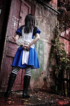 American McGee's Alice cosplay by Odango... This is awesome. Someone must show PewDiePie this.